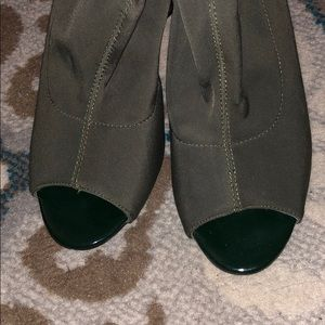 Shoes - Army Green heels